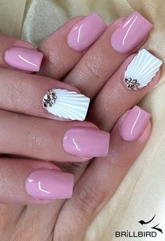 peppy nail art