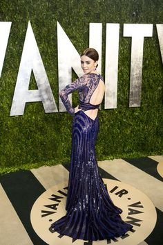 Celebrities at Vanity Fair Oscars Party 2013 | Fab dress 1.