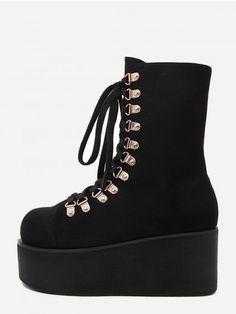 404fa8467623 Black Faux Suede Lace Up Flatform Short Boots   WithChic Kurze Schwarze  Stiefel, Spitzenbooties,
