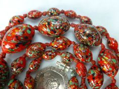 Art-Deco-Venetian-Czech-Red-Spatter-Art-Gold-Adventurine-Glass-Bead-Necklace