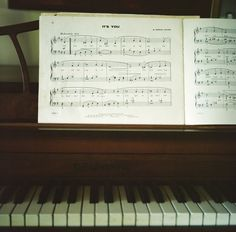 how i would love to learn to play the piano again...