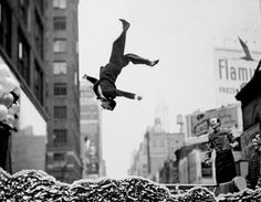 """""""Photographers mistake the emotion they feel while taking the photo as a judgment that the photograph is good"""" – Garry Winogrand"""