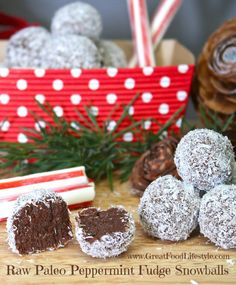 Paleo Peppermint Fudge Snowballs are delicious healthy and easy to make with the kids! They're raw gluten and dairy free and vegan. Paleo Dessert, Vegan Desserts, Raw Food Recipes, Fun Desserts, Great Recipes, Favorite Recipes, Dessert Recipes, Skinny Recipes, Yummy Recipes