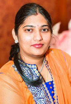 Beautiful Women Over 40, Beautiful Girl Indian, Most Beautiful Indian Actress, Mother India, Indian Face, Tamil Girls, Indian Beauty Saree, Indian Sarees, Indian Girls Images
