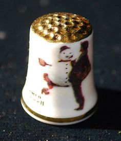 Vintage 1979 Norman Rockwell Christmas Thimble Gorham Fine China.
