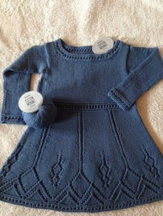Ravelry: Wendy Darling Dress pattern by DROPS design Kids Knitting Patterns, Lace Knitting Patterns, Knitting For Kids, Baby Knitting, Crochet Baby Poncho, Knit Baby Dress, Knit Baby Sweaters, Knitted Baby Clothes, Dresses Kids Girl