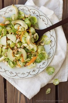 avocado & brussels sprout salad
