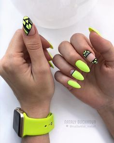 Neon nails – the flagship and colorful trend of summer 2019 – neon nail art Neon Nail Art, Neon Nails, My Nails, Bright Nails, Pink Nails, Yellow Nails Design, Yellow Nail Art, Neon Yellow Nails, Neon Nail Designs