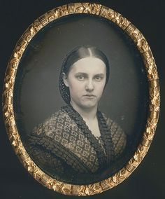 Fine Daguerreotypes and Photography Vintage Photos Women, Antique Photos, Vintage Pictures, Vintage Photographs, Old Pictures, Old Photos, Vintage Ladies, Old Photography, Popular Photography