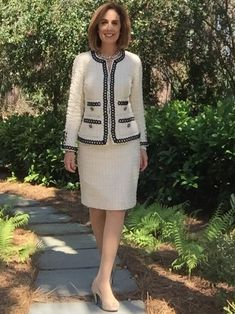 My friend and co-author, Julie Starr dedicates each January (+) to sewing a couture garment. She's hooked on French Jackets and generously shares her experience below. Enjoy :) The allure of …