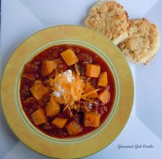 Gourmet Girl Cooks: Spicy & Sweet Autumn Chili w/ Southern Style Buttermilk Biscuits For low carb, skip the squash.