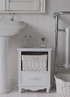 Rose White Bathroom Free Standing Furniture With Basket And Drawer