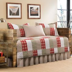 Eddie Bauer Camano Island Red/ Khaki Patchwork Plaid 5-Piece Quilted Daybed Cover Set (Daybed set Camano Island)