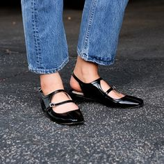 Black Patent Leather Flats with Light Colored Denim | Source: LA Cool & Chic, via Slufoot