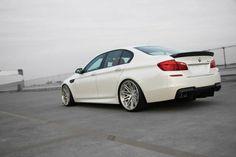 Kohlenstoff Tuning ♦ Brilliant White M5 - The Unofficial BMW M5 Messageboard (m5board.com)