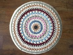 Crochet stool cover ~ free pattern ᛡ