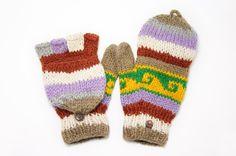 剛剛逛 Pinkoi,看到這個推薦給你:情人節禮物 限量一件手織純羊毛針織手套 / 可拆卸手套 / 內刷毛手套 / 保暖手套 - 沙漠色民族圖騰 - https://www.pinkoi.com/product/1SVEqqVF