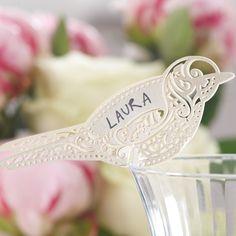 10 Charmants marques place en forme d'oiseaux, couleur ivoire. A poser sur le côté d'un verre comme marque place ou simplement comme décoration au milieu de vos centres de table.