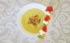 Crema de maíz en 3 texturas: un plato que me ha sorprendido.  Con esta receta participo un mes más en el Reto Veo Veo, un reto muy divertido en el que a través de una foto tenemos que replicar lo que vemos. En esta ocasión ha sido un plato del chef Mustafa Yankavi.  Un plato que da la bienvenida a la primavera con su toque floral.  #retoveoveo #yankavi #maiz #palomitas #crema #kikos #florescomestibles #recetaprimaveral #recetariosano #recetasana