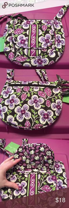 Vera Bradley lizzy plum petals Small crossbody. Outside magnetic closure front pocket with id slot and slip pocket. Back has a zip pocket with 6 credit card slots. Main compartment zip closure. Inside 2 slip pockets. Vera Bradley Bags Crossbody Bags