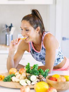 Gemüse ist gesund. Aber welche Gemüsesorten sind auch gut für die Figur? Fitness-Trainerin Kayla Itsines hat uns 38 kalorienarme Gemüsesorten verraten.