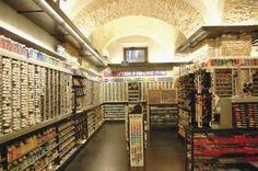 Shopping: Vertecchi   [district: Historical Center - Piazza di Spagna]