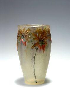 ** Gabriel Argy-Rousseau, Paris. 'Lycium barbarum' vase, 1917. H. 14.7 cm. Pâte de verre.