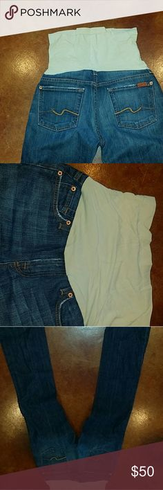 7 for all Mankind Maternity Jeans - Size 28 Full belly band on these extremely comfortable maternity jeans. I bought and wore only a few times at the end of my pregnancy so they got very little wear. 7 For All Mankind Jeans Boot Cut