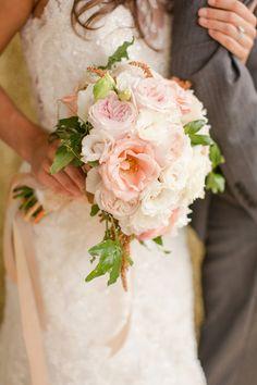 all rose #bouquet - photo by http://katelynjamesblog.com/ - http://ruffledblog.com/rose-gold-wedding-ideas/