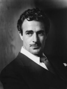 Photographers Gallery - Gilbert Roland by George Hurrell Hollywood Men, Hollywood Icons, Golden Age Of Hollywood, Vintage Hollywood, Hollywood Glamour, Hollywood Stars, Classic Hollywood, Gilbert Roland, John Gilbert