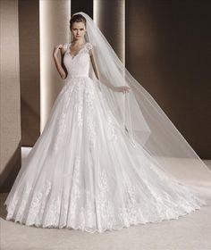 La Sposa, Raven, Couture Bridal Miami