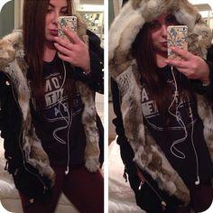 Amazing RabbitFur lined Jacket! Fur Lined Coat, Line Jackets, Coats, Amazing, Fashion, Moda, Wraps, Fashion Styles, Coat