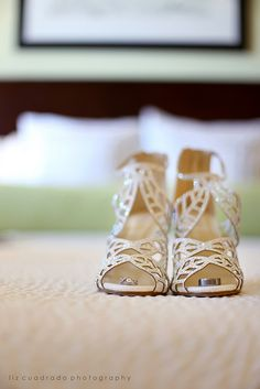 H & J Wedding - Running Hare Vineyard, MD | ©Liz Cuadrado Photography