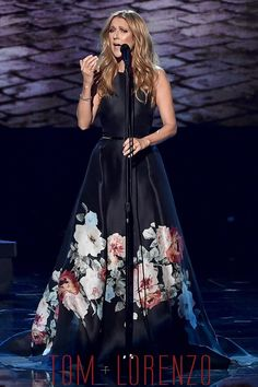 Elie Saab Black Gown Featuring Floral Hem and Skinny Belt  Celine-Dion-2015-American-Music-Awards-Fashion-Elie-Saab-Couture-Tom-Lorenzo-Site (2)