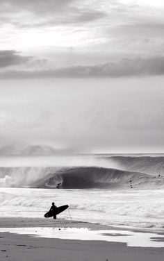 Surf travel and lifestyle for the modern surfer. A guide to surf travel, culture, style, destinations, and inspiration for the ocean-minded. No Wave, Kitesurfing, Photo Surf, Surf Mar, Surf Trip, Surf Travel, Beach Travel, Photo Vintage, Vintage Surf