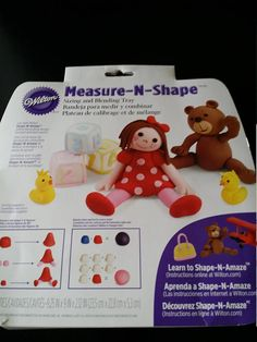 wilton  measure-n-shape sizing and  blending tray