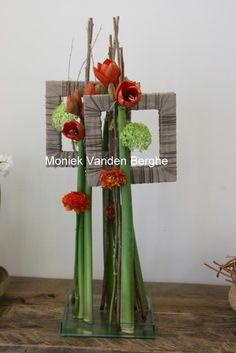 Fleur de celle... Styliste florale Contemporary Flower Arrangements, Creative Flower Arrangements, Floral Arrangements, Hotel Flowers, Diy Flowers, Deco Floral, Arte Floral, Flower Mirror, Flower Art