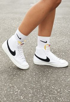 All Nike Shoes, Nike Shoes Air Force, Sneakers Nike, Nike Blazers Outfit, Nike Outfits, Bape Shoes, Swag Shoes, Aesthetic Shoes, Fresh Shoes