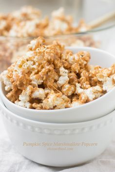 pumpkin spice marshmallow popcorn for family night! ohsweetbasil_edited-1