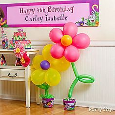 Make their smiles grow with crazy DIY balloon daisies!