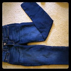 Jordache jeans Super skinny jordache jeans! Very comfortable!! They are stretchy!  They were only worn a handful of times! The picture is kind of blurry but they are size 6 Jordache Jeans Skinny