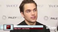 Dylan Sprayberry Gets Kissed By Tyler Posey On The Red Carpet! Plus Teen Wolf Season 5! - YouTube
