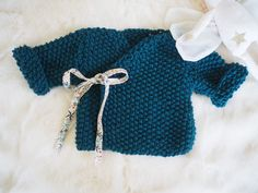 Baby Cardigan Knitting Pattern Free, Knitting Patterns Free, Baby Knitting, Crochet Baby, Crochet Bikini, Knit Crochet, Tricot Baby, Baby Couture, Custom Clothes