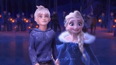 Elsa giving Jack the grand tour! She doesn't know she's holding his hand and Jack's not telling her any time soon! Jelsa, Elsa And Hans, Jack Frost And Elsa, Disney Frozen Elsa, Disney Princess, Princess Luna, Disney Couples, Queen Elsa, The Big Four