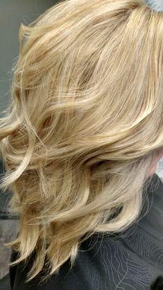 Light golden blonde with beach waves, twistedscissorsllc, @twistedhairstylist