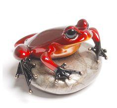 Martin & MacArthur features bronze artist Tim Cotterill - The Frogman