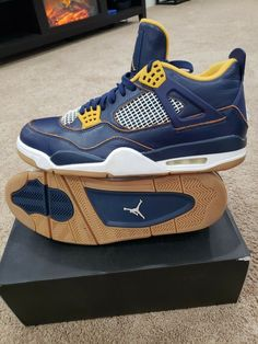 583cea8762d7df AIR JORDAN 4 IV RETRO DUNK FROM ABOVE Mens Size 13. 308497 425  fashion   clothing  shoes  accessories  mensshoes  athleticshoes (ebay link)