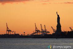 Por do sol visto do Battery Park.