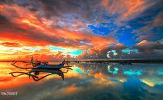 Vivid sunrise by Bertoni Siswanto (Indonesia)