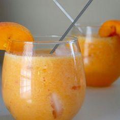 Peaches, lemonade and sprite